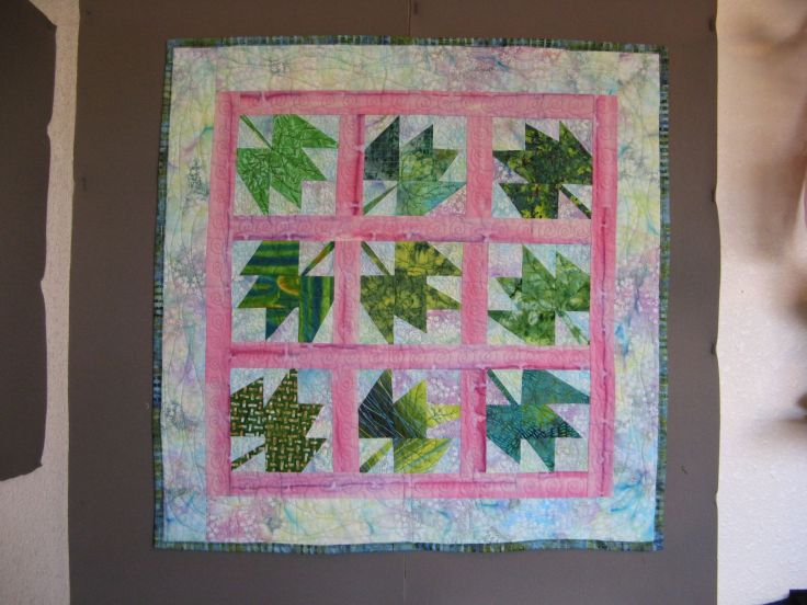 Maple Leafz After: quilting done, binding on.  Yeah!