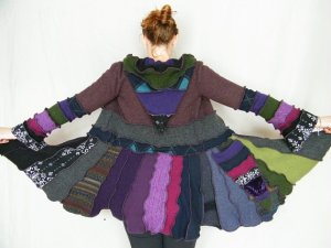Another Katwise coat in a bunch of colors (but what I see is purple).
