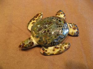 Hawk's bill sea turtle glass sculpture by Cleo Dunsmore Buchanan