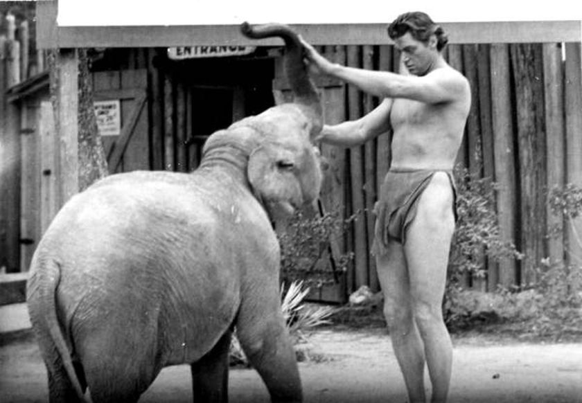 Johnny Weismuller behind the scenes. The winner of 5 Olympic gold medals, Weismuller starred as Tarzan in the 1930s and 40s.