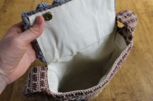 The Twisted Yarn's house bag is lined, and everything. Sweet!