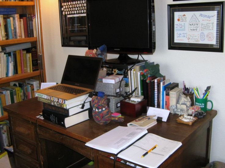 My desk at its cleanest would make some people weep.