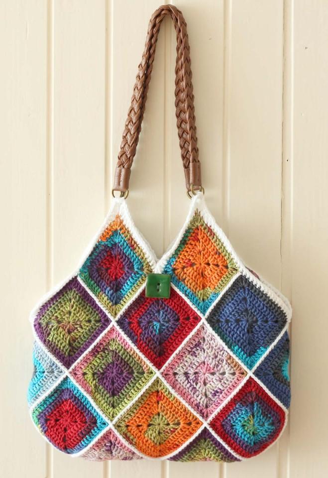 Crochet squares bag by Marinke Slump