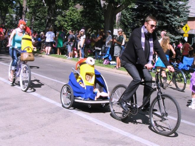 My favorite group costume: Gru and Lucy with minions.