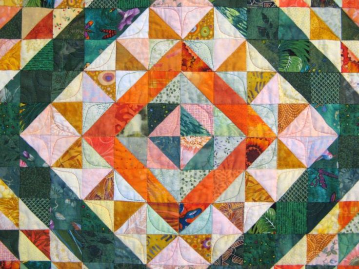 Close up of the Green-Orange-Yellow quilt